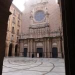 Innenhof und Basilika, Montserrat